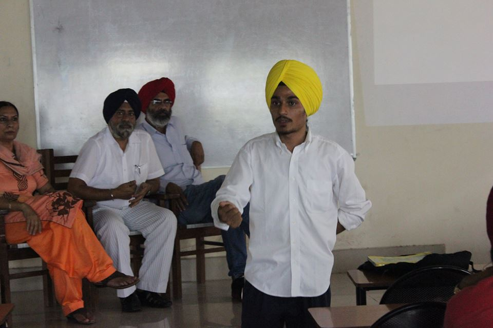 Inderpreet Singh taking a session in an Old Age Home