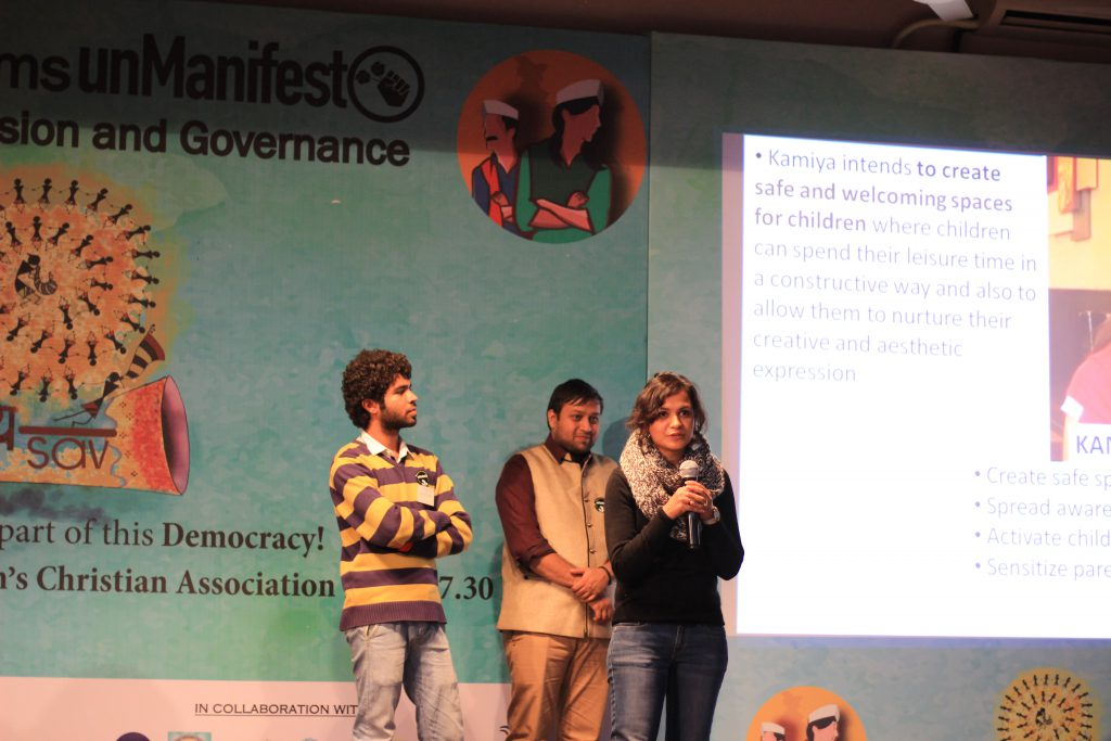 Kamya giving a presentation during the UnManifesto Event