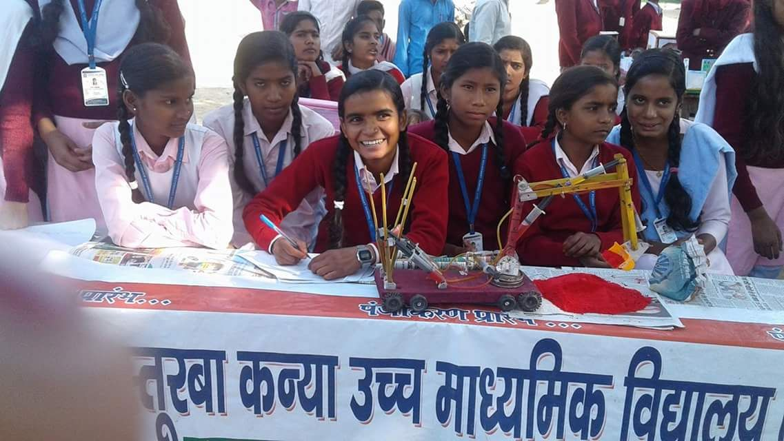 Students from the school presenting their exhibits at a Science fair | Image courtesy: Kasturba Kanya Education and Welfare Trust