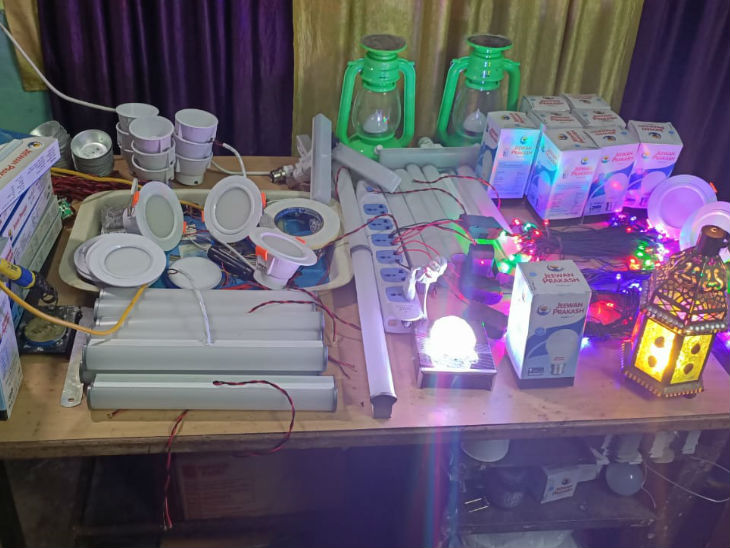 Gorakhpur's Amar Prajapati set up his LED lights manufacturing unit in his village to employ workers who were left without any means of livelihood.