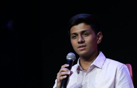 17-year-old from Noida has developed an App and a website to connect the unemployed migrant workers to employers that might be willing to hire them