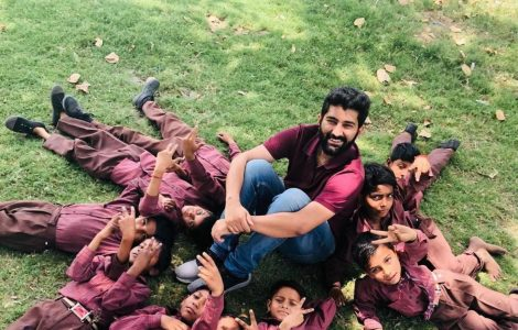 26-year-old from Dehradun is Providing Foster Care to 100 Children who Lost their Parents to COVID
